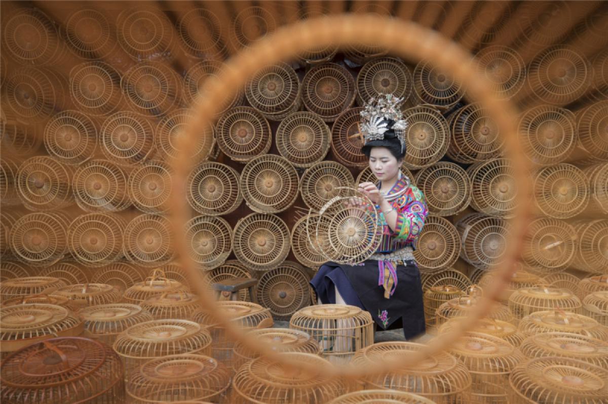 23/04/2019 - Mingzai Su - Weaving