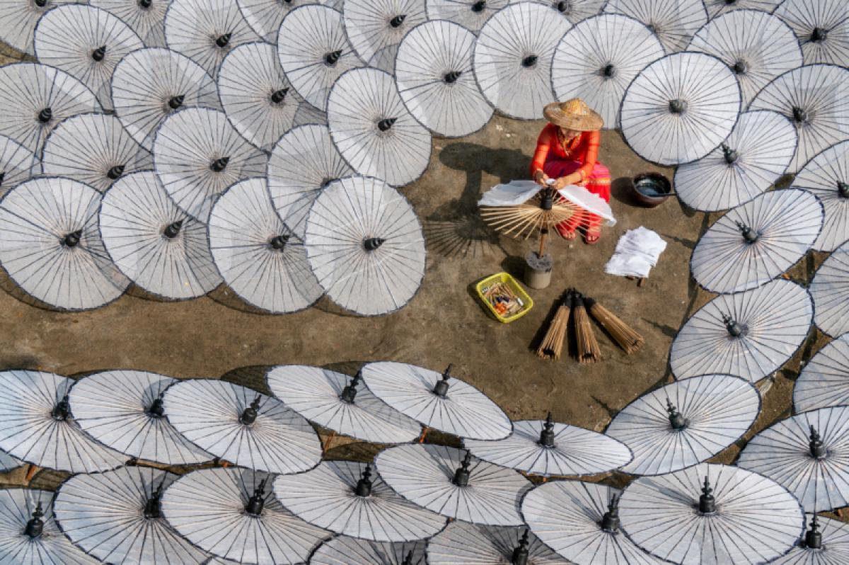 16/01/2020 - Chin Leong Teo - Making Umbrellas 3