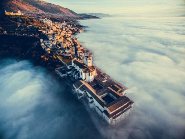 Francesco Cattuto - Assisi Over The Clouds