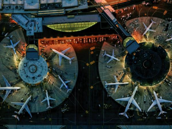 Jeffrey Milstein - Newark 2 Terminal B Night
